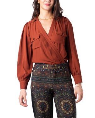 Maroon V- Neck Long Sleeve Button Blouse