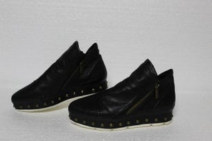 Leather Studs Zipper Shoes