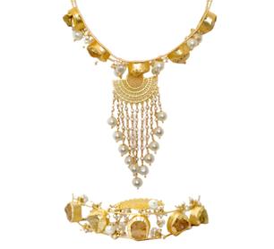 Sera Choker Pearl Necklace