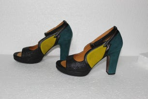 Multi Leather Small Buckles Heel Pumps