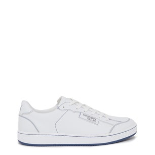 Round Toe Leather Lace Up Sneakers