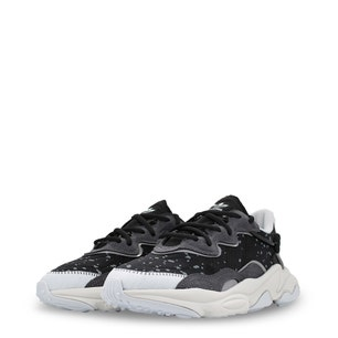 Black Ozweego Low-Top Chunky Sneakers