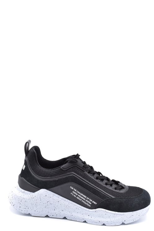 Round Toe Low Top Lace Up Sneakers