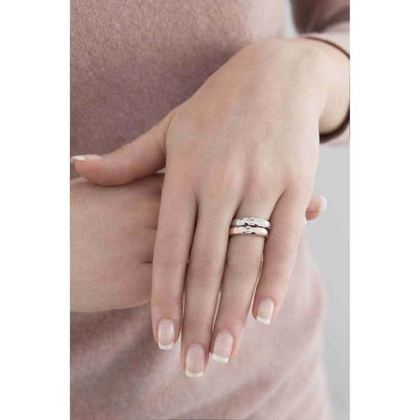 Crossing Love Size 14 Ring