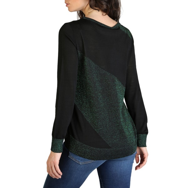 Long Sleeve Two Tone Knit Sweater