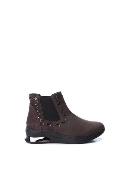 Brown Elastic Gores Ankle Boots
