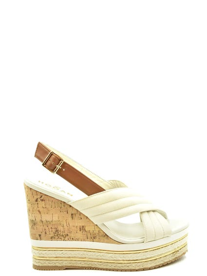 Buckle Pin Wedge Sandals