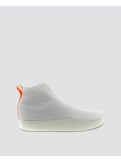 Contrast Heel Tab Boots