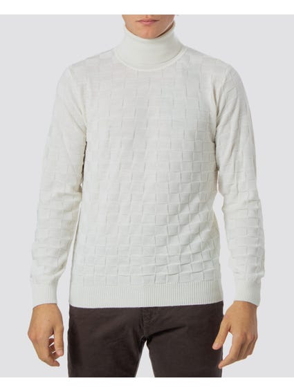 White High Neck Knitwear