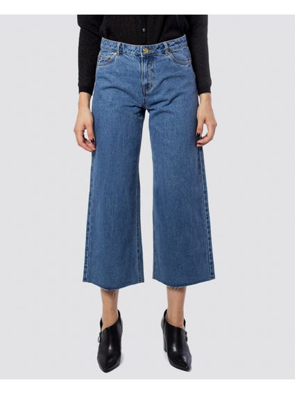 Wide-Leg Pocket Jeans