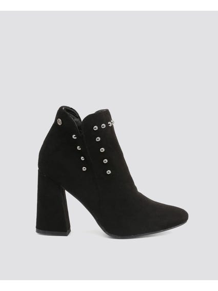 Black Studs Zip Closure Boots