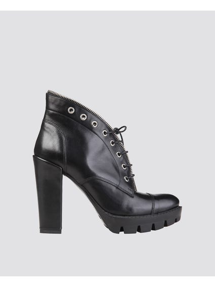 Loanne Ankle Boots