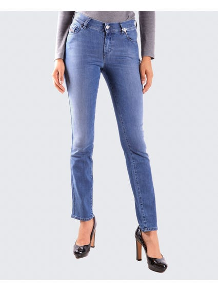 Comfortable Straight Fit Jeans