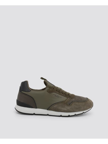 Green Maxil Contrast Sole Sneakers