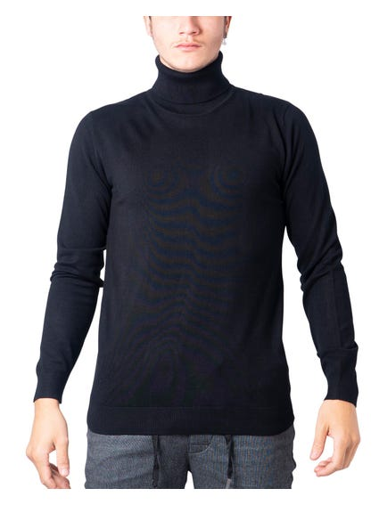Black Tone Color Turtle Neck Sweatshirt