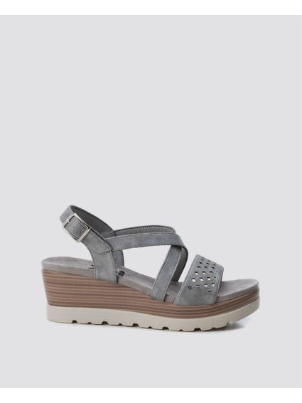 Plumb Ankle Strap Wedges Sandals